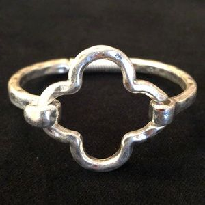 Just in, New silver plated bangle clasp bracelet